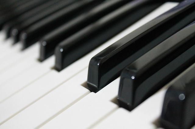 music_piano_Kuva Mert Özbağdat Pixabaystä